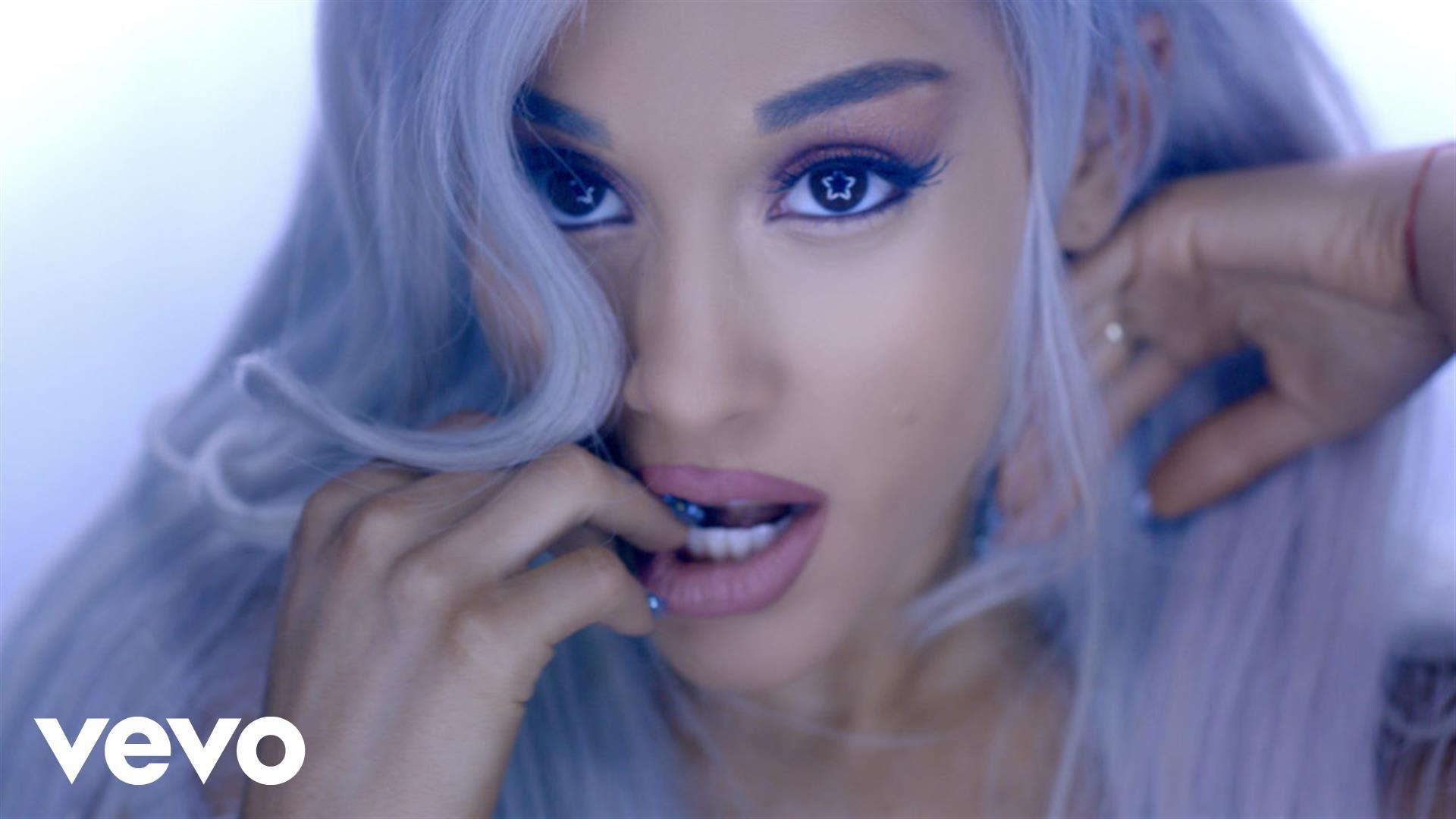ミュージックビデオのアリアナグランデ